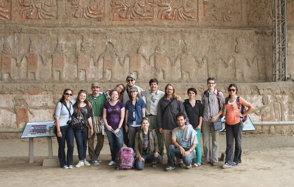 Prof. Ed Swenson and students in Peru